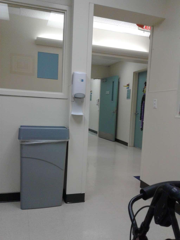 Harris County Hospital Settegast - doctor    Photo 7 of 10   Address: 9105 N Wayside Dr, Houston, TX 77028, USA   Phone: (713) 633-2020