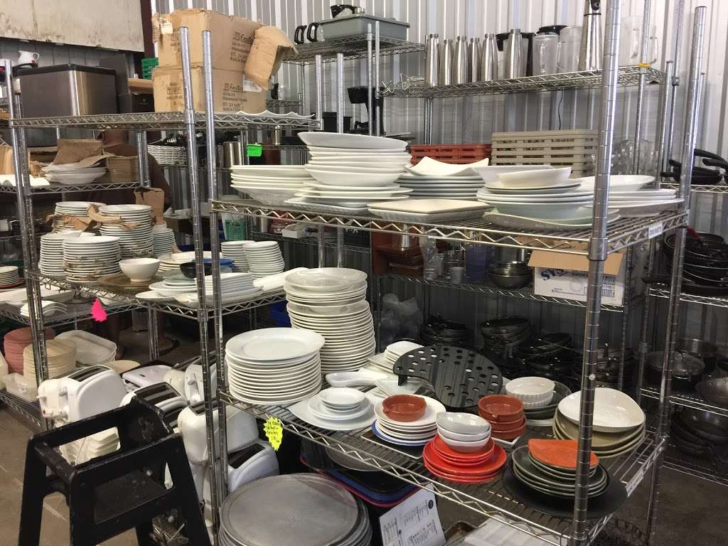 Forever Vintage And Surplus - furniture store  | Photo 2 of 7 | Address: 4200 Dundee Rd, Winter Haven, FL 33884, USA | Phone: (863) 651-6789
