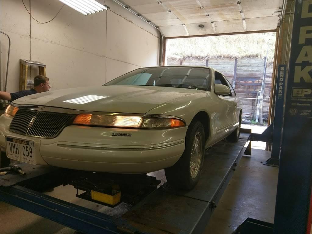 Howards Auto Repair - car repair  | Photo 7 of 7 | Address: 3125 N 84th Cir, Omaha, NE 68134, USA | Phone: (402) 991-5275