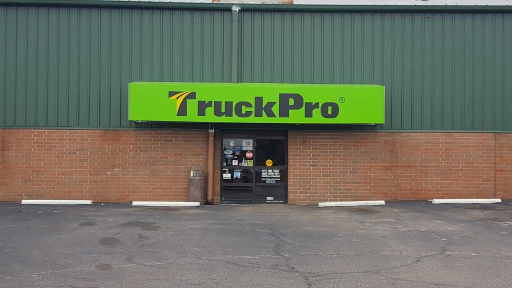 TruckPro - car repair  | Photo 9 of 9 | Address: 5725 Canal Rd, Valley View, OH 44125, USA | Phone: (216) 447-0000