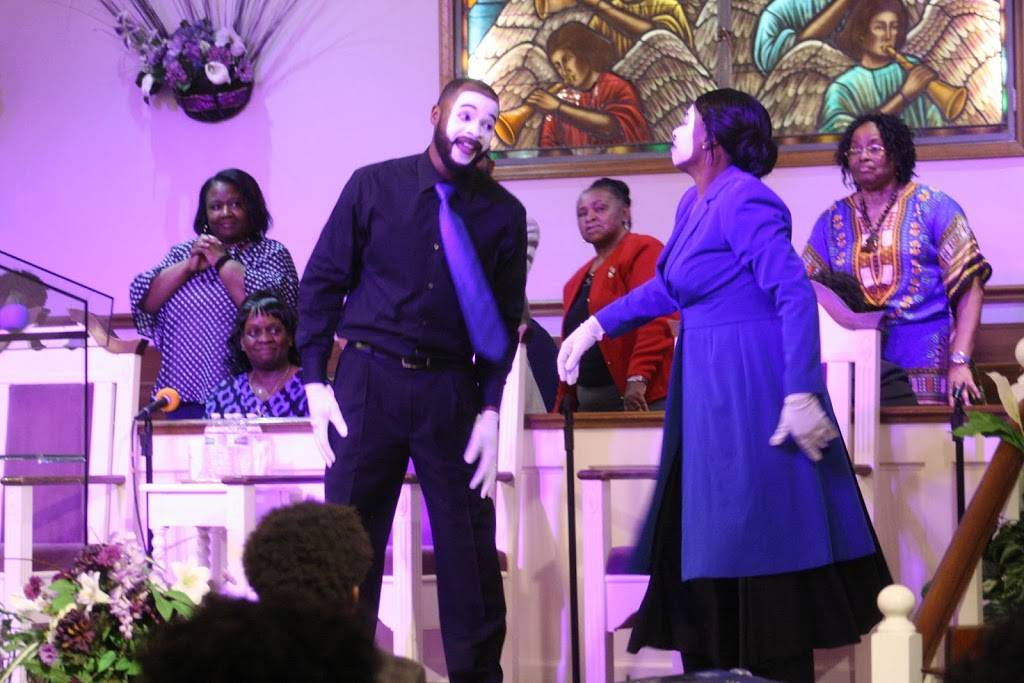 Seed Time & Harvest Fellowship Church - church  | Photo 10 of 10 | Address: 804 Berwyn Ave, Durham, NC 27704, USA | Phone: (919) 220-2896