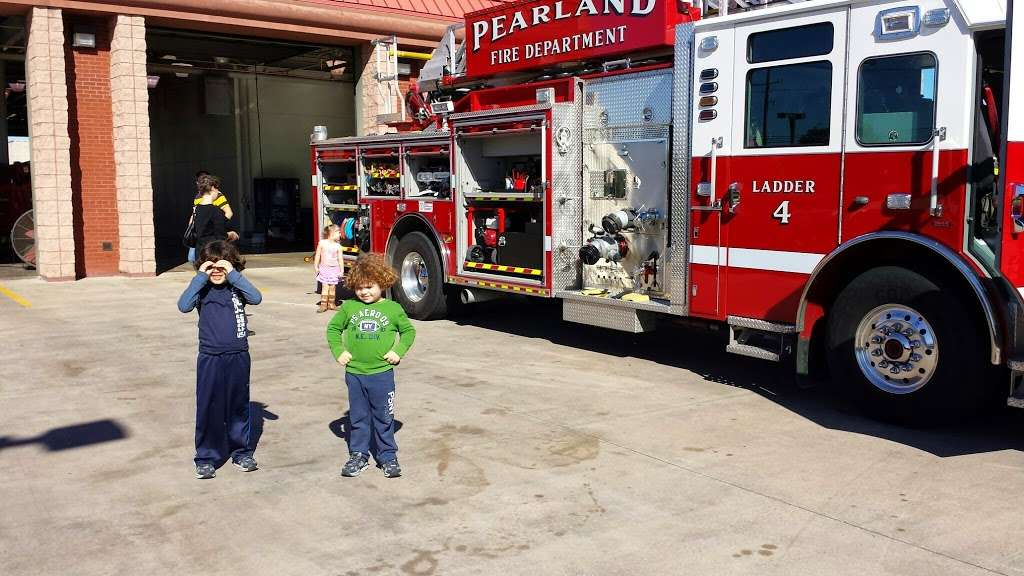 Pearland Fire Station 4 - fire station  | Photo 1 of 6 | Address: 8333 Freedom Dr, Pearland, TX 77584, USA | Phone: (281) 997-5851