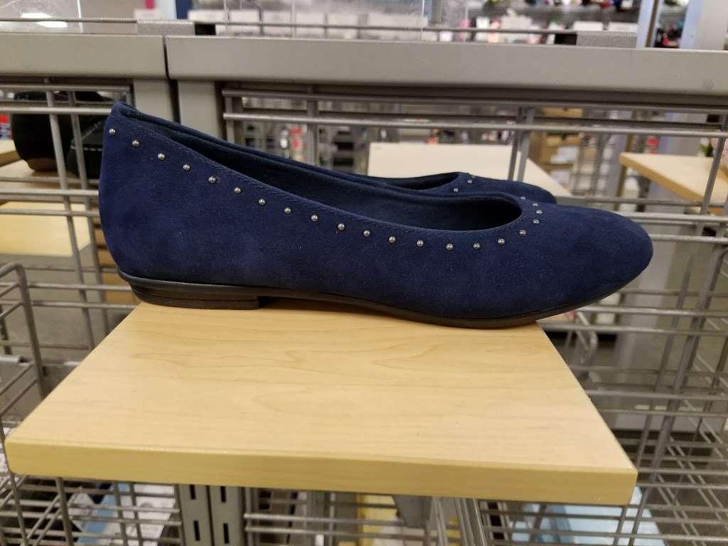 Marshalls - department store  | Photo 9 of 10 | Address: 849 Pelham Pkwy, Pelham Manor, NY 10803, USA | Phone: (914) 637-2569