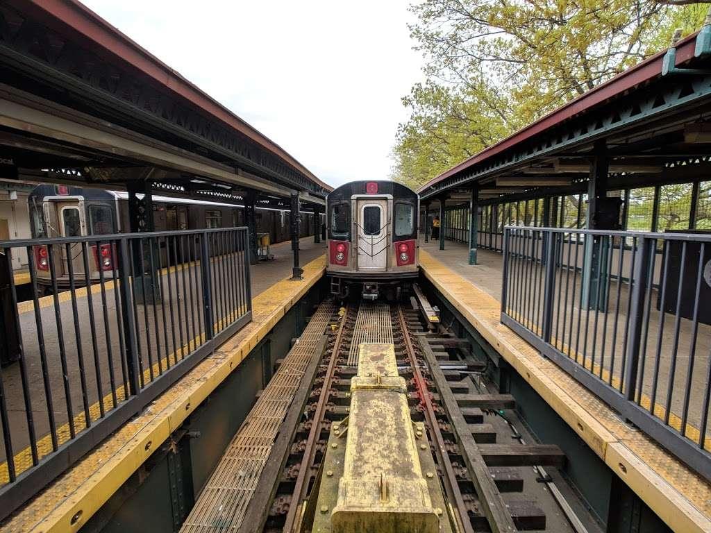 Woodlawn - subway station  | Photo 5 of 10 | Address: Bronx, NY 10467, USA