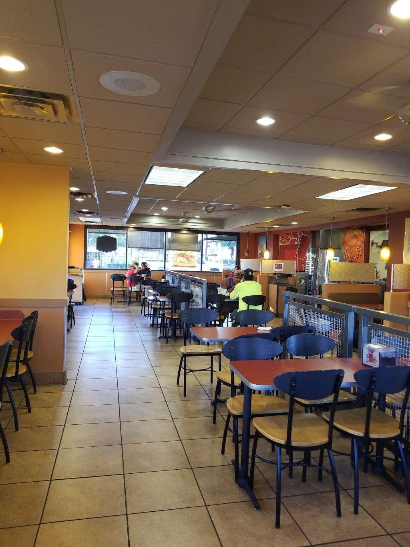 Jack in the Box - restaurant    Photo 9 of 10   Address: 2720 W Northwest Hwy, Dallas, TX 75220, USA   Phone: (214) 352-9049