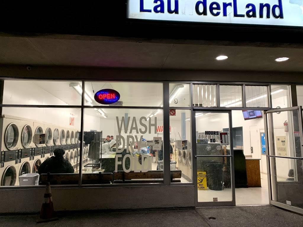 Launderland Bianchi - laundry  | Photo 4 of 10 | Address: 907 E Bianchi Rd, Stockton, CA 95207, USA | Phone: (209) 498-8370