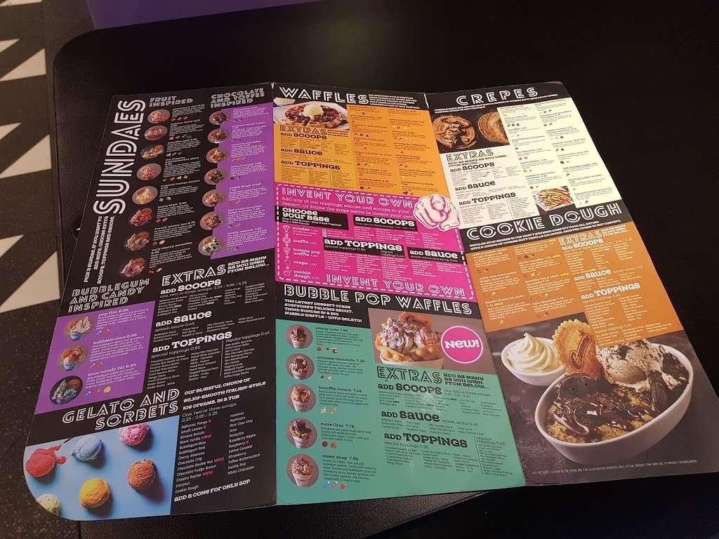 Creams Kilburn - cafe  | Photo 7 of 7 | Address: 182 Kilburn High Rd, London NW6 4JD, UK | Phone: 020 7624 9400