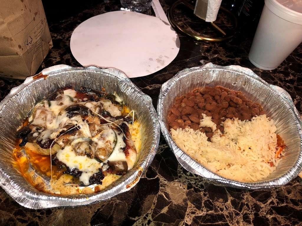 LEILAS KITCHEN - restaurant  | Photo 2 of 8 | Address: 15210 Galveston Rd, Webster, TX 77598, USA | Phone: (832) 224-9347