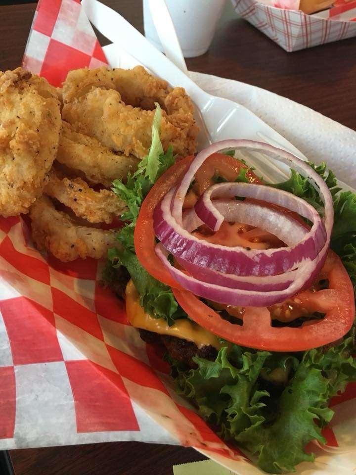 Uncle Bob's BBQ - restaurant  | Photo 9 of 10 | Address: 20873 Eva St, Montgomery, TX 77356, USA | Phone: (936) 448-9227