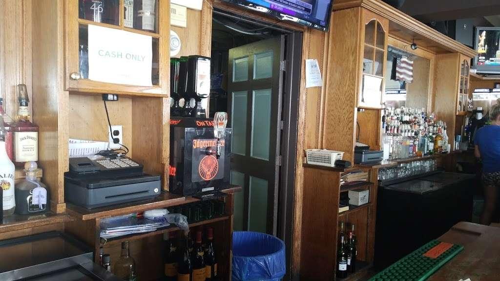 The Wharf - restaurant  | Photo 4 of 10 | Address: 416 B 116th St, Rockaway Park, NY 11694, USA | Phone: (718) 474-8807