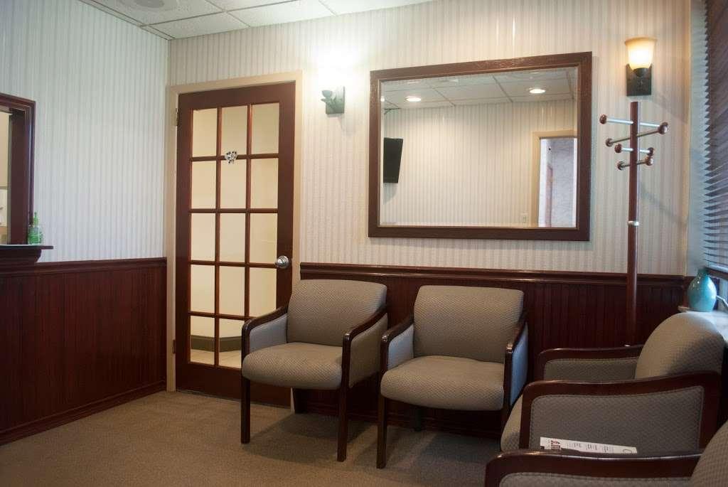 Dove Dental Group of Glen Rock - dentist    Photo 3 of 10   Address: 875 Lincoln Ave, Glen Rock, NJ 07452, USA   Phone: (201) 857-8882