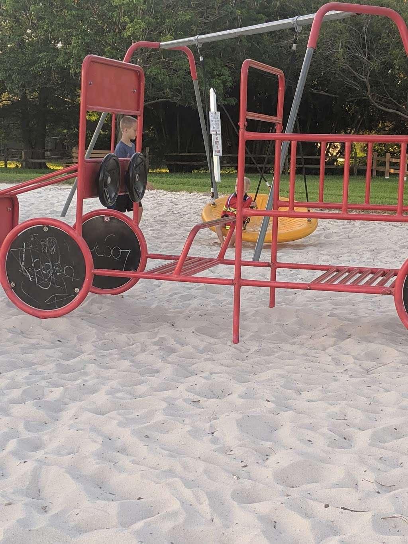 Suntree Interlachen Park - park  | Photo 6 of 10 | Address: 409 Interlachen Rd, Melbourne, FL 32940, USA | Phone: (321) 242-8960