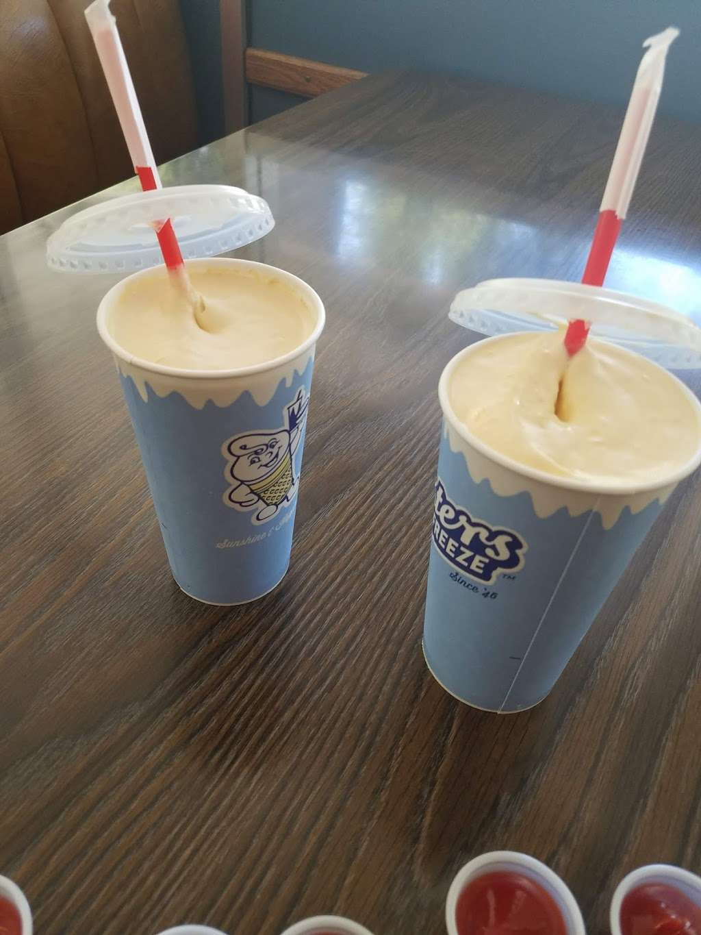 Fosters Freeze - store  | Photo 10 of 10 | Address: 110 Mountain St, Boulder Creek, CA 95006, USA | Phone: (831) 338-3022