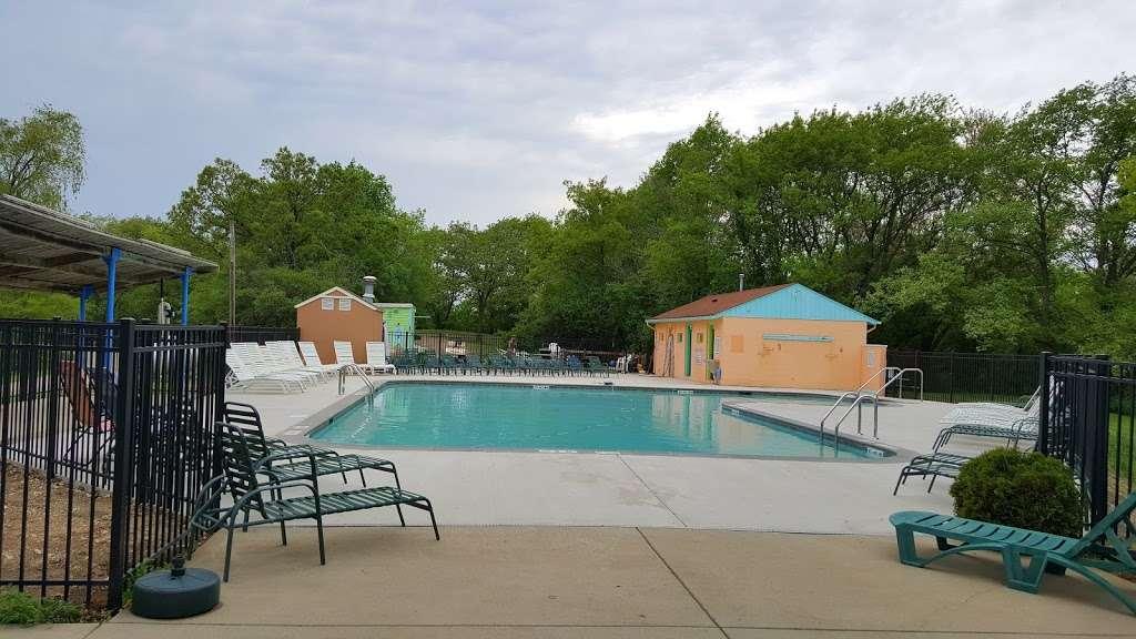 Sun Ray Hills - campground  | Photo 8 of 10 | Address: 7148 McHenry St, Burlington, WI 53105, USA | Phone: (262) 539-2592