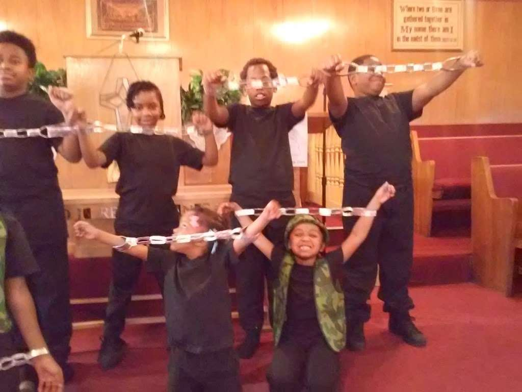 True Fellowship Baptist Church - church    Photo 9 of 9   Address: 9556 S King Dr, Chicago, IL 60628, USA   Phone: (773) 785-9710