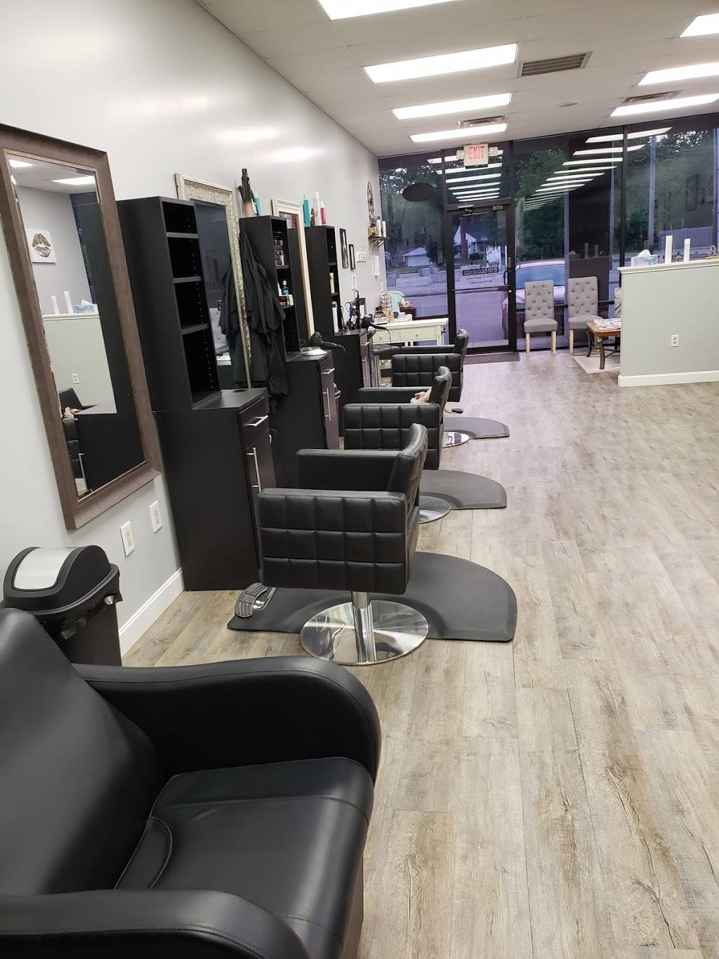 Off with your Hair Salon - hair care  | Photo 1 of 9 | Address: 2736 Charlestown Rd Suite 3, New Albany, IN 47150, USA | Phone: (812) 725-7885