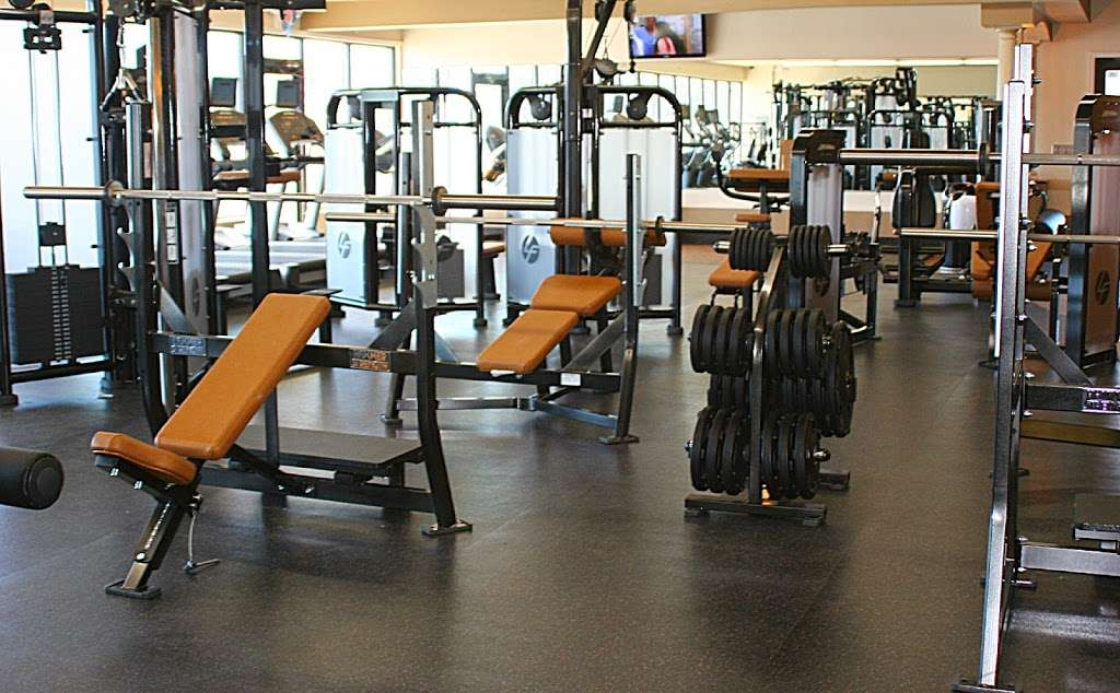 Elite Club USA - gym  | Photo 1 of 10 | Address: 575 Fischer Blvd, Toms River, NJ 08753, USA | Phone: (732) 504-7100