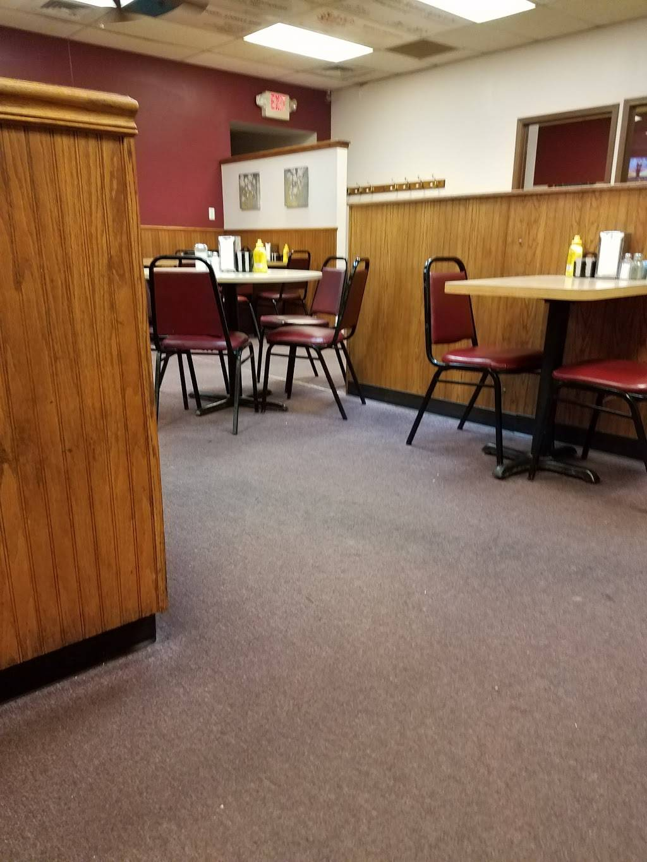 Maggies Cafe - restaurant    Photo 8 of 10   Address: 8970 Lewis Ave, Temperance, MI 48182, USA   Phone: (734) 847-2233