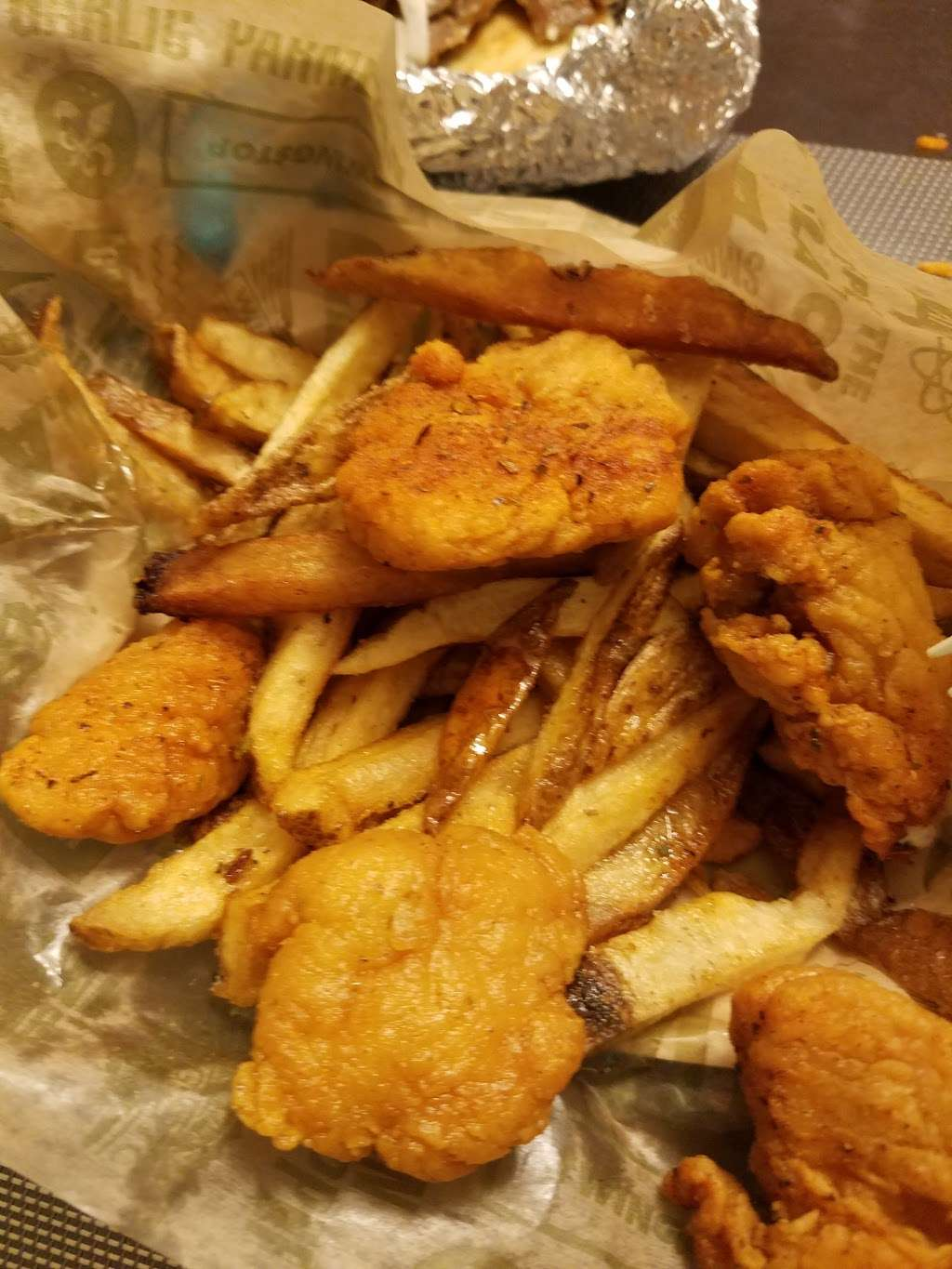 Wingstop - restaurant  | Photo 7 of 10 | Address: 2831 W 95th St, Evergreen Park, IL 60805, USA | Phone: (708) 425-9464