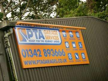 PTA Garage Services Godstone Motorstore - car wash  | Photo 7 of 10 | Address: Unit 2 Garage, Eastbourne Rd, South Godstone RH9 8EZ, UK | Phone: 01342 893666