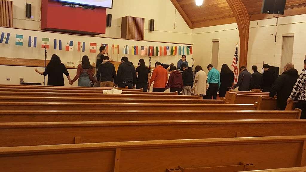 Iglesia de Dios Pentecostal M.I Fe y Poder - church  | Photo 3 of 6 | Address: 200 Rev Walton Dr, Lockport, IL 60441, USA | Phone: (219) 671-9129