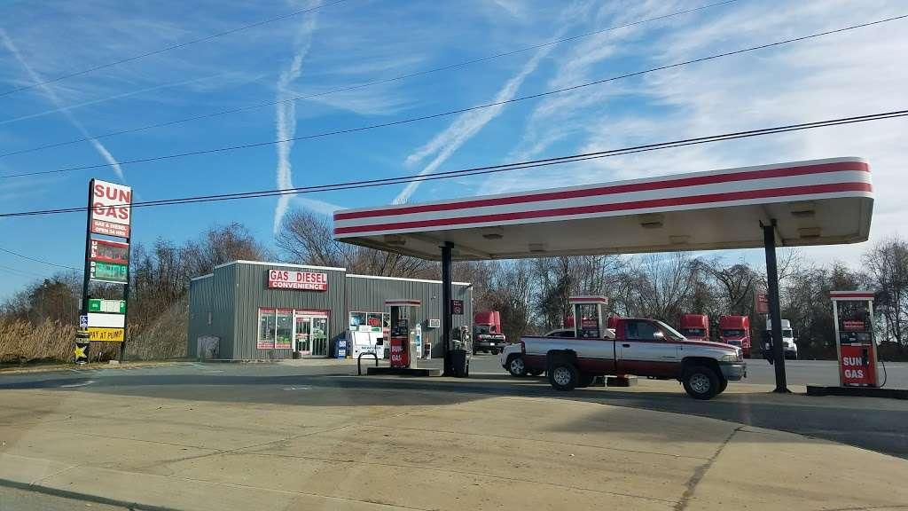 Sun Gas & Diesel - atm  | Photo 1 of 3 | Address: 1228 Middletown Warwick Rd, Middletown, DE 19709, USA | Phone: (302) 376-8200