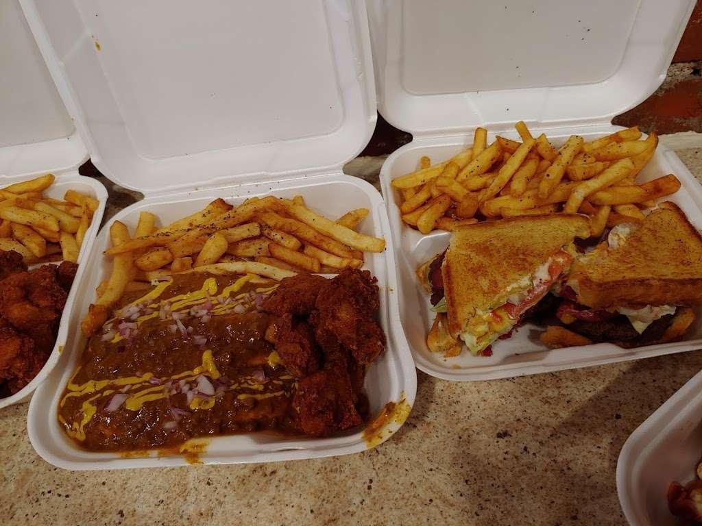 Chucks Coney Island - restaurant  | Photo 6 of 10 | Address: 2932 E 10th St, Indianapolis, IN 46201, USA | Phone: (317) 426-4945