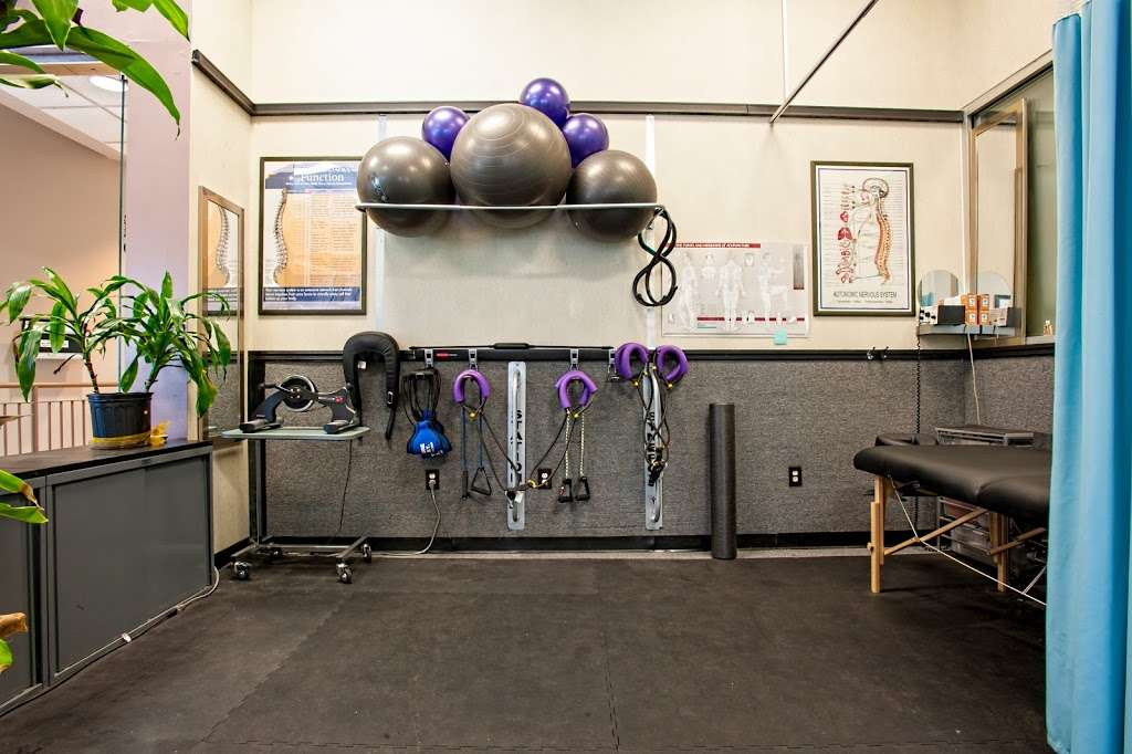 Heller Wellness Center - health  | Photo 8 of 10 | Address: 519 River Rd, Edgewater, NJ 07020, USA | Phone: (201) 606-6006