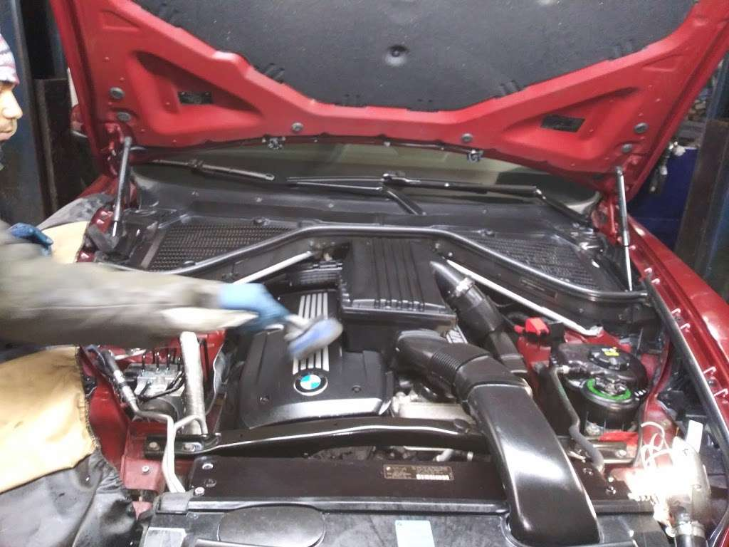 Morillo Muffler Auto Repair - car repair  | Photo 8 of 10 | Address: 1642 E New York Ave, Brooklyn, NY 11212, USA