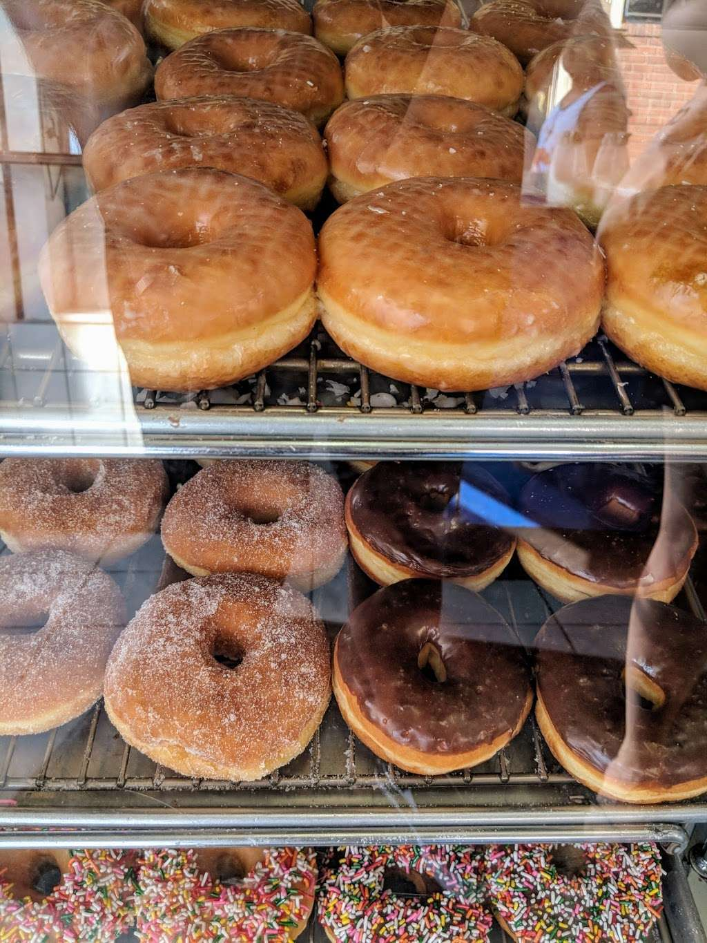 Seaside Donuts Bakery 2108 W Oceanfront Newport Beach Ca