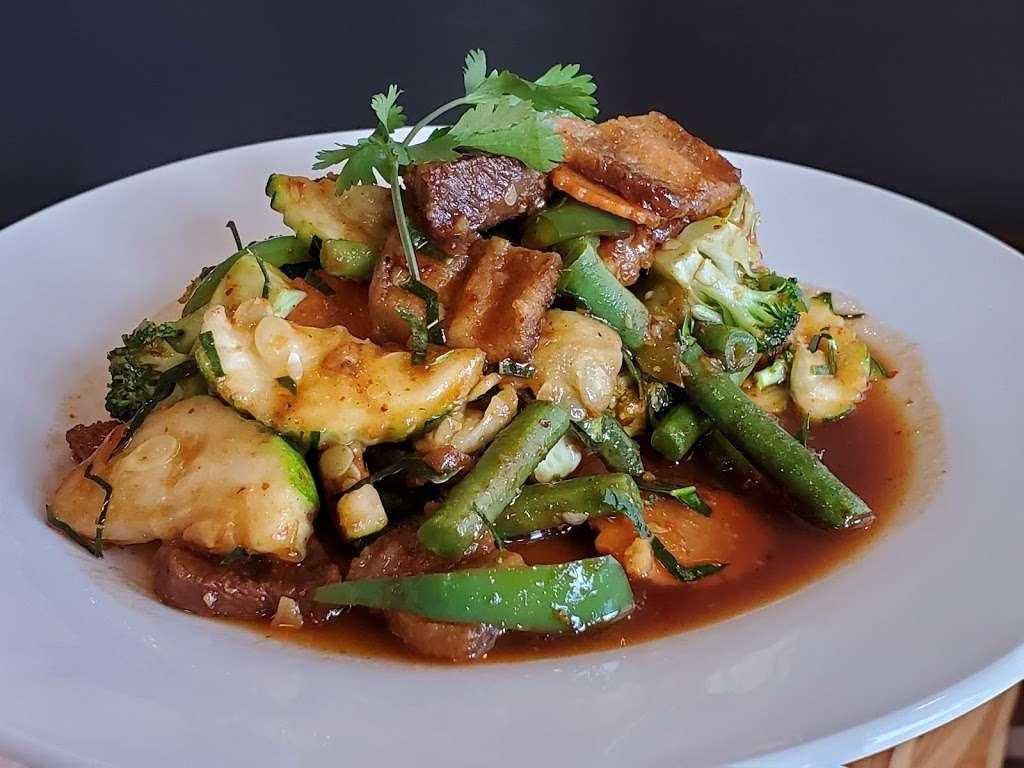 Chok Dee Thai Kitchen - restaurant  | Photo 5 of 10 | Address: 561 Livingston St, Norwood, NJ 07648, USA | Phone: (201) 750-8880