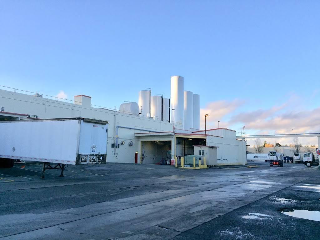 Darigold Warehouse - storage    Photo 1 of 10   Address: 4058 Rainier Ave S, Seattle, WA 98118, USA   Phone: (206) 725-9950