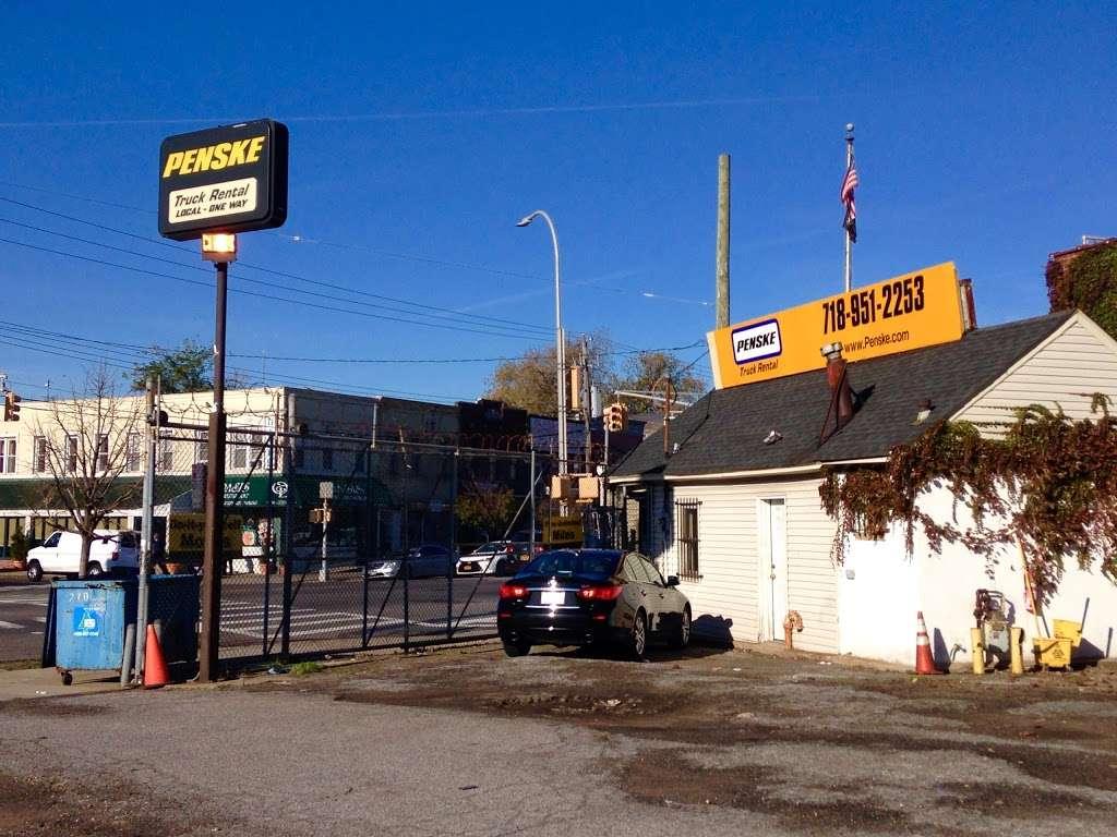 Penske Truck Rental - moving company  | Photo 2 of 10 | Address: 2131 Flatbush Ave, Brooklyn, NY 11234, USA | Phone: (718) 951-2253