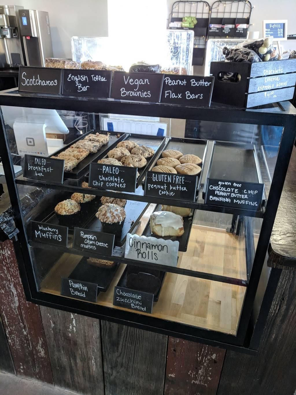Mocha Lounge North - cafe  | Photo 4 of 9 | Address: 4635 E Dupont Rd, Fort Wayne, IN 46825, USA | Phone: (260) 449-9267