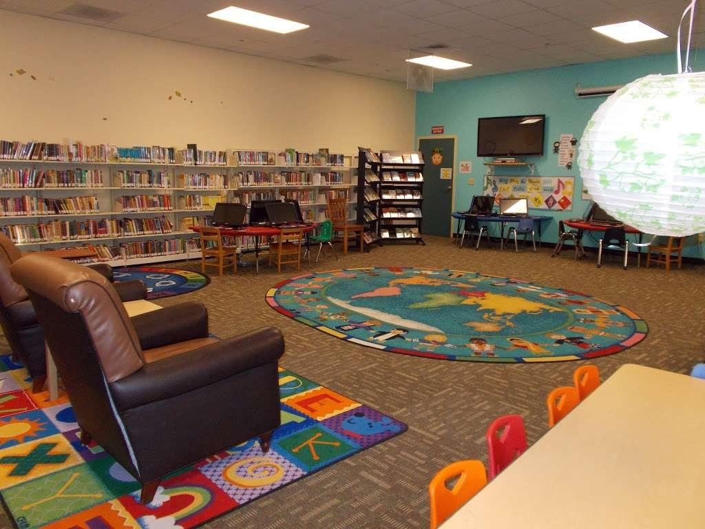 MCAS Miramar Library- USMC MCCS - library  | Photo 3 of 9 | Address: 5305 Miramar Way, San Diego, CA 92145, USA | Phone: (858) 577-1261