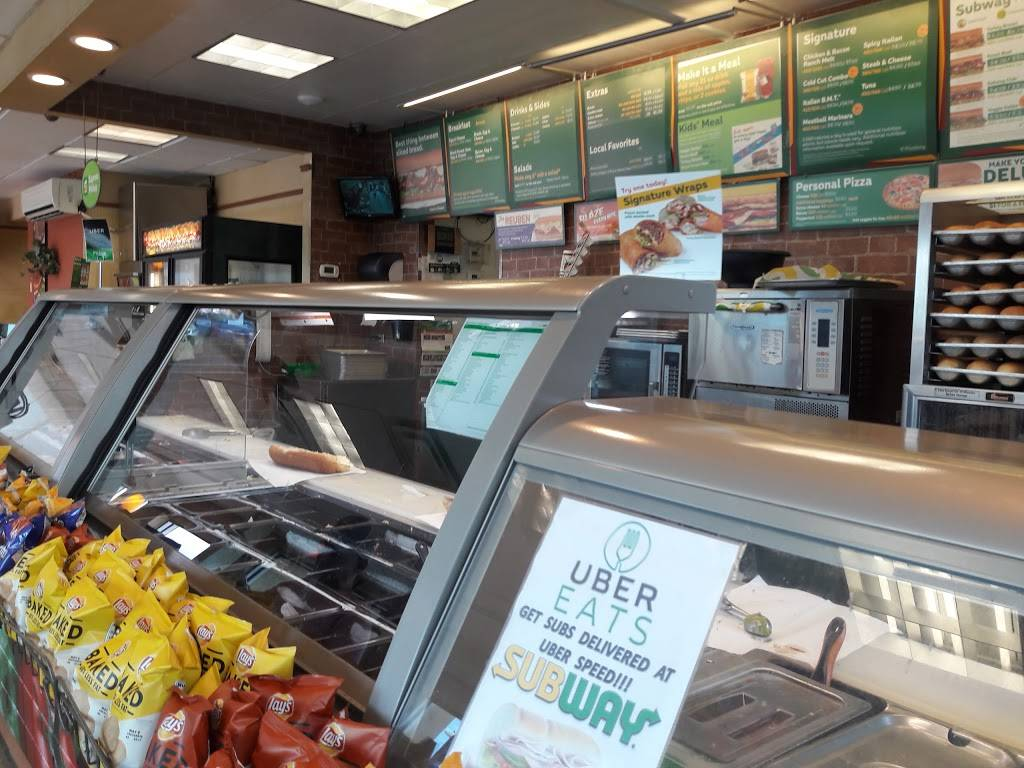 Subway - meal takeaway  | Photo 3 of 6 | Address: 2502 N Dale Mabry Hwy, Tampa, FL 33607, USA | Phone: (813) 350-0727