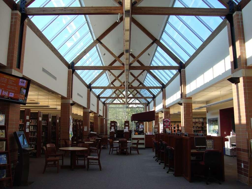 Mahwah Public Library - library  | Photo 3 of 8 | Address: 100 Ridge Rd, Mahwah, NJ 07430, USA | Phone: (201) 529-7323
