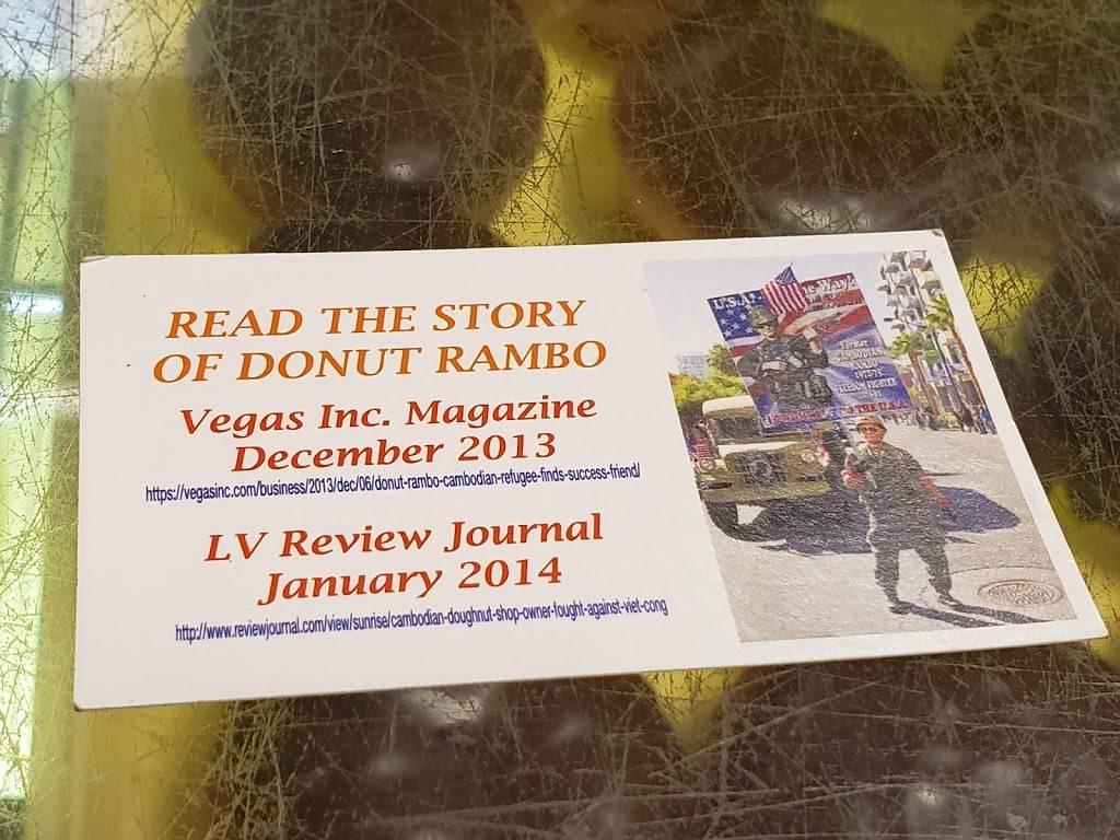 Donut Hut - bakery  | Photo 6 of 9 | Address: 3242 E Desert Inn Rd # 17, Las Vegas, NV 89121, USA | Phone: (702) 369-1711