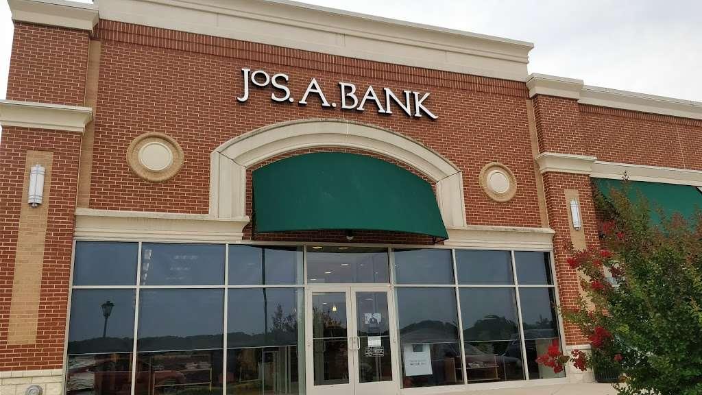 Jos. A. Bank - shoe store  | Photo 3 of 10 | Address: 476 Fletcher Dr, Warrenton, VA 20186, USA | Phone: (540) 428-8506