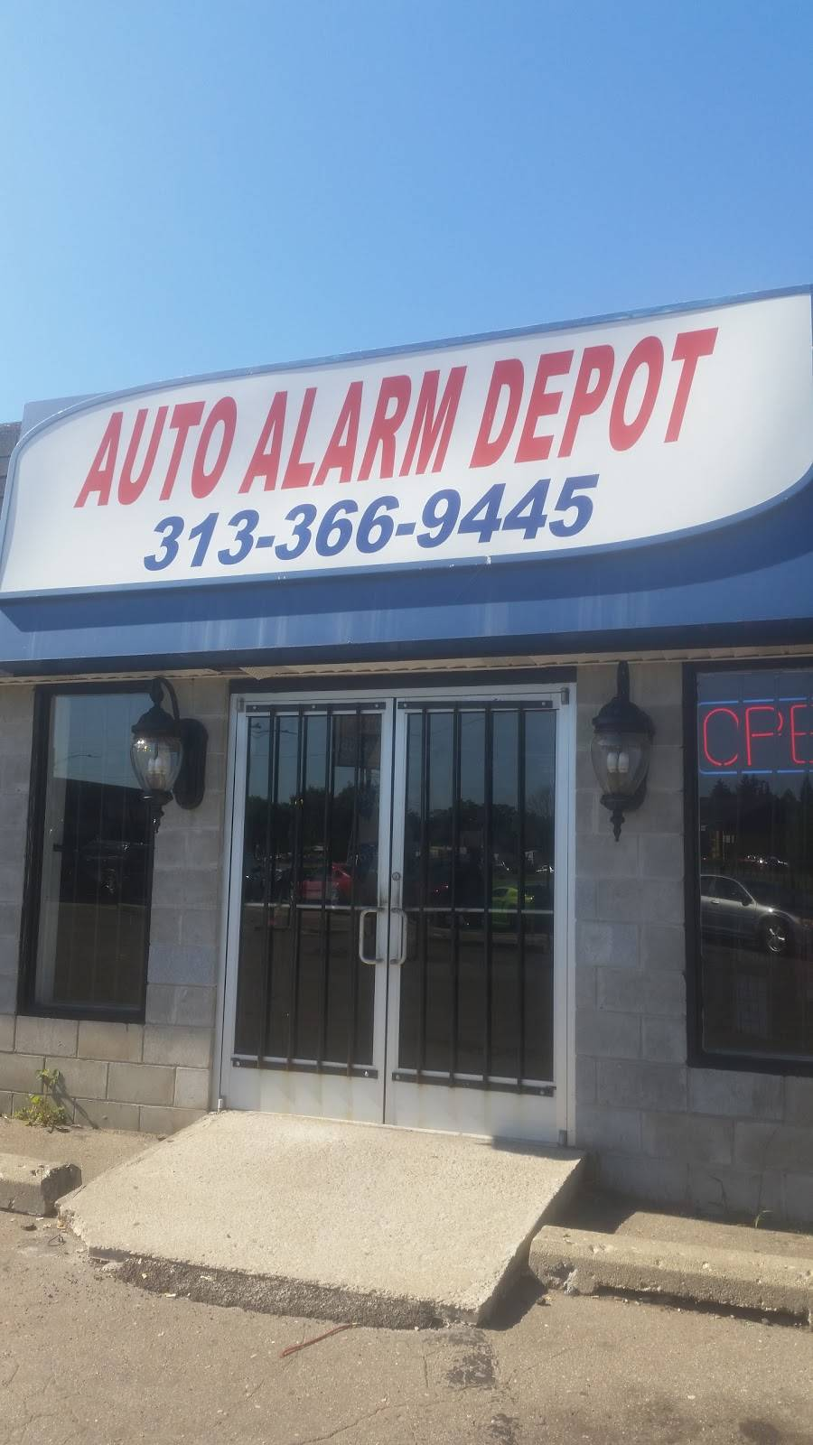 Detroit Auto Sound - car repair  | Photo 7 of 7 | Address: 3840 E 8 Mile Rd, Detroit, MI 48234, USA | Phone: (313) 366-9445
