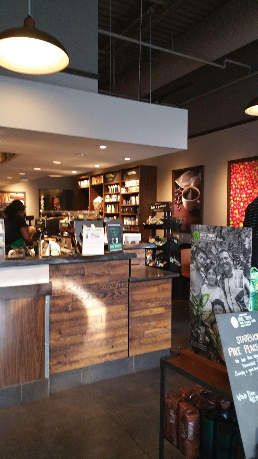 Starbucks - cafe  | Photo 8 of 10 | Address: 12447 Hedges Run Dr #B-1, Lake Ridge, VA 22192, USA | Phone: (703) 491-9055