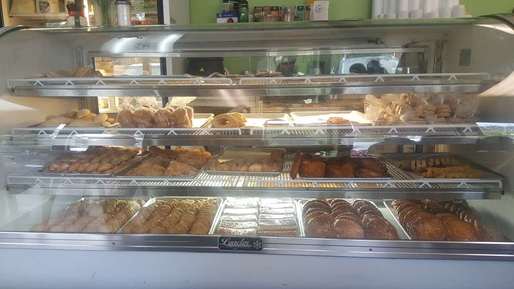 Alicias Bakery - bakery  | Photo 5 of 10 | Address: 8625 Bergenline Ave, North Bergen, NJ 07047, USA | Phone: (201) 758-9112