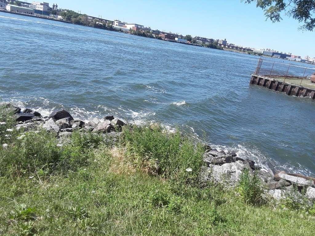 Ralph Demarco Park - park    Photo 5 of 10   Address: Shore Blvd, Queens, NY 11105, USA   Phone: (212) 639-9675