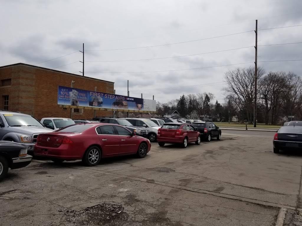 First Step Auto Finance - car dealer  | Photo 6 of 9 | Address: 3338 Dorr St, Toledo, OH 43607, USA | Phone: (419) 531-6633