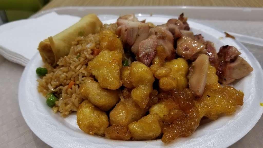 Ruby Thai Kitchen Restaurant 1400 Willowbrook Mall