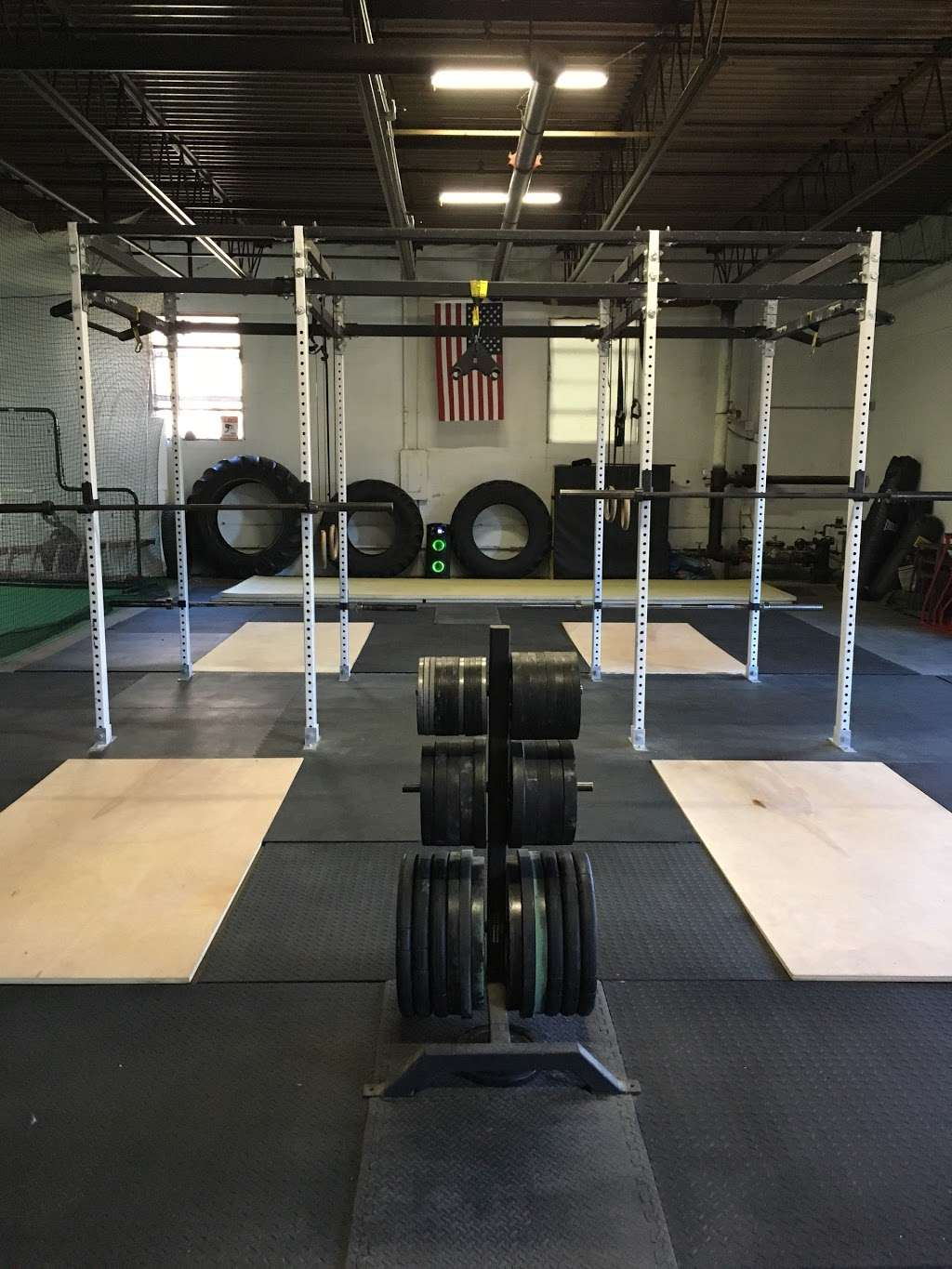 Out of Body Fitness - gym  | Photo 1 of 10 | Address: 303 N 4th St # B, St. Charles, IL 60174, USA | Phone: (630) 440-7993