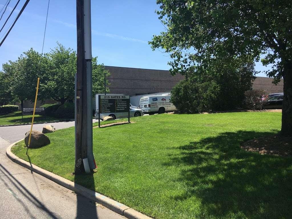 Bergen Diesel LLC - car repair  | Photo 3 of 8 | Address: 215 Gates Rd y, Little Ferry, NJ 07643, USA | Phone: (201) 289-7835
