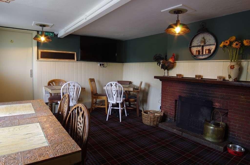 The Bright Star Pub - restaurant  | Photo 1 of 10 | Address: Kimpton Road, Peters Green, Luton LU2 9QP, UK | Phone: 01438 832351
