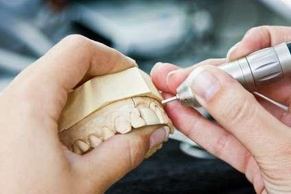 Grisel Del Cueto, DDS - dentist    Photo 2 of 4   Address: 18700 Sherman Way #201, Reseda, CA 91335, USA   Phone: (818) 774-9709