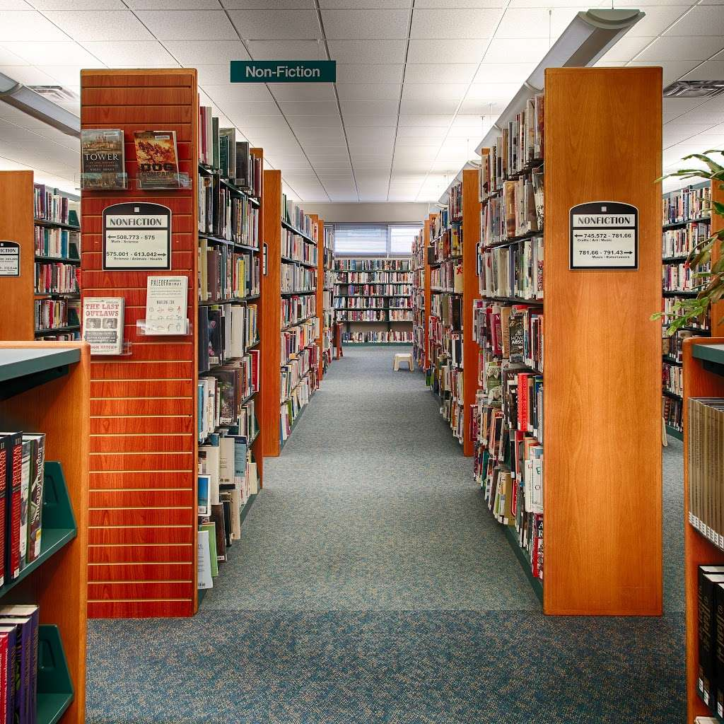 Aurora Public Library - West Branch - library  | Photo 1 of 10 | Address: 233 S Constitution Dr, Aurora, IL 60506, USA | Phone: (630) 264-3600